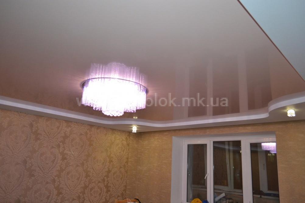 Натяжные глянцевые потолки